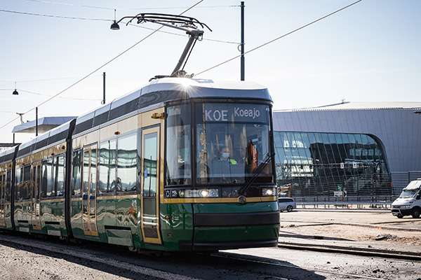 The tram lines of Jätkäsaari will be renewed in May 2021. Photo: Antti Pulkkinen